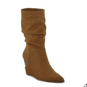 NIB: Jessica Simpson Helveta Wedge Boot